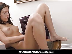 Nice Body Mormon Teenage Sista Orgasms In Front Of President