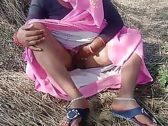 Indian doll is having scorching fucky-fucky in the nature, in the middle of the day